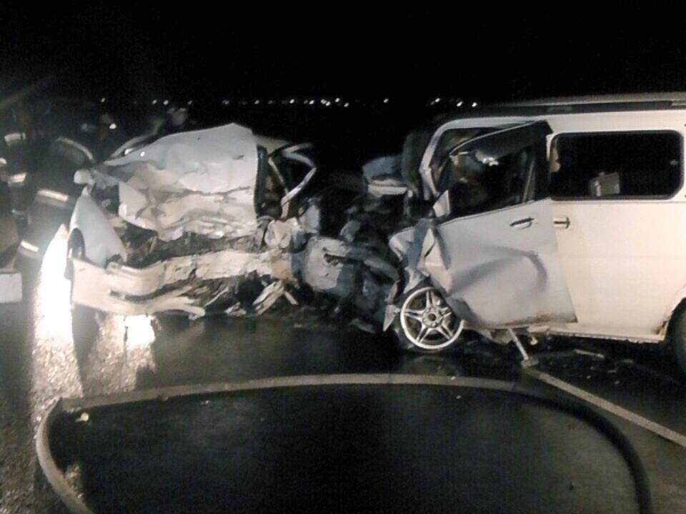 ВИркутской области при столкновении 2-х легковых авто погибли 4 человека