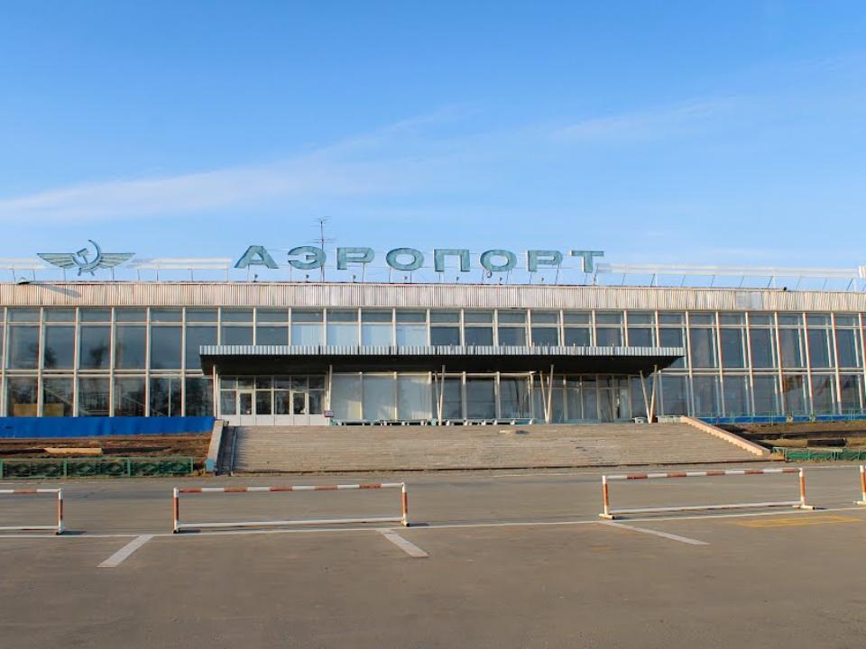 Рейс, следовавший изВладивостока в столицу , аварийно сел вБратске