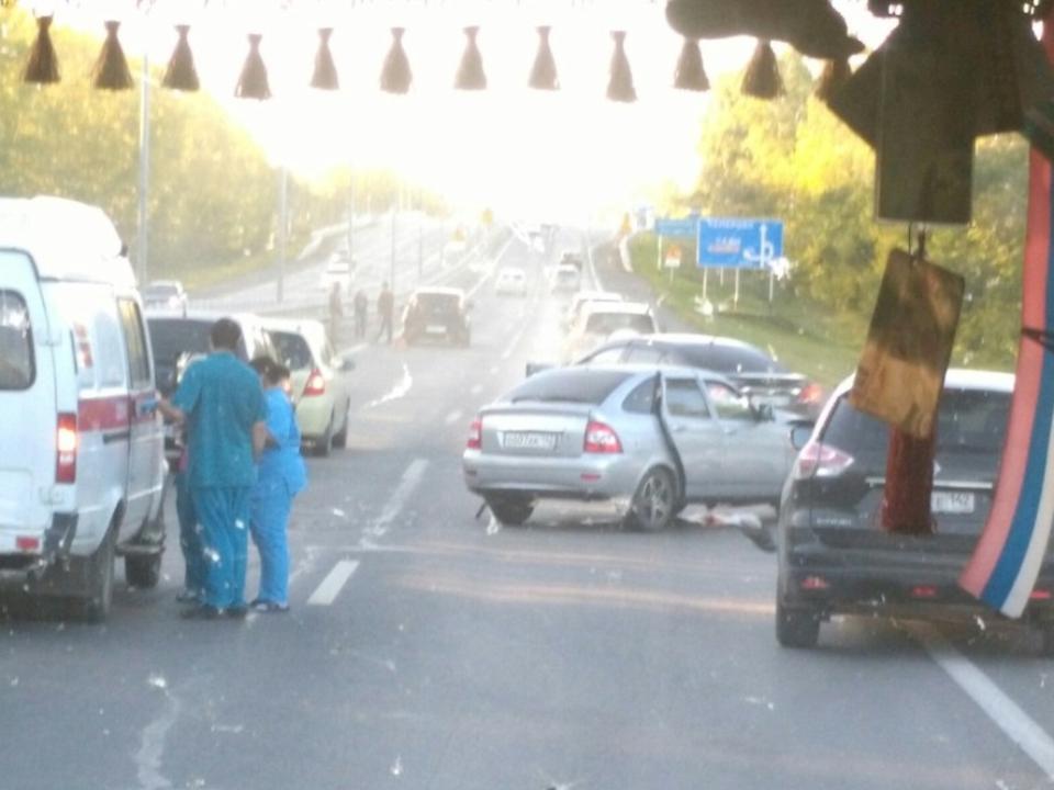 Навъезде вКемерово крупное массовое ДТП