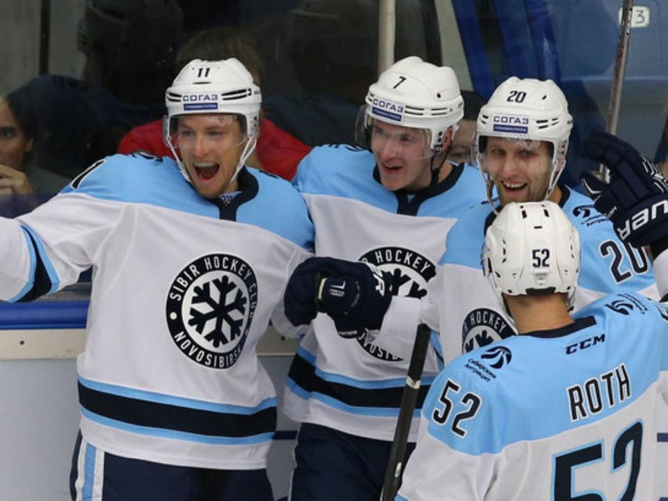«Сибирь» дома разгромила «Югру» вматче постоянного чемпионата КХЛ