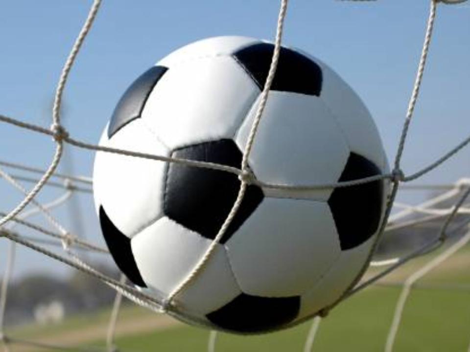 Игроки иболельщики подрались впроцессе футбольного матча вБратске