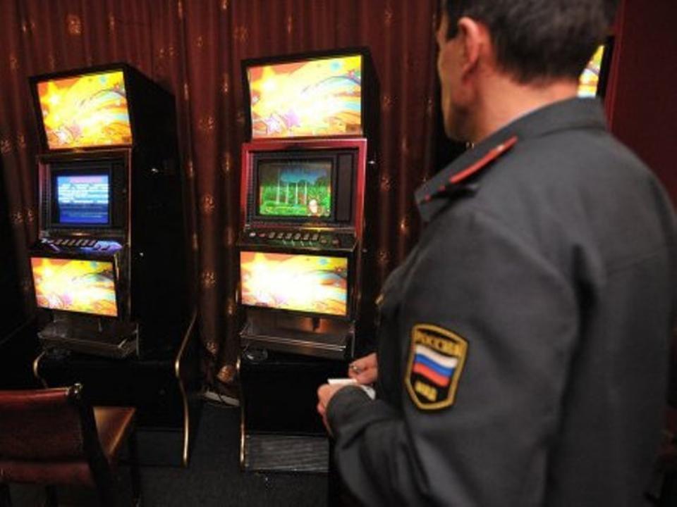 СКнакрыл игровой клуб с14 автоматами вцентре Иркутска