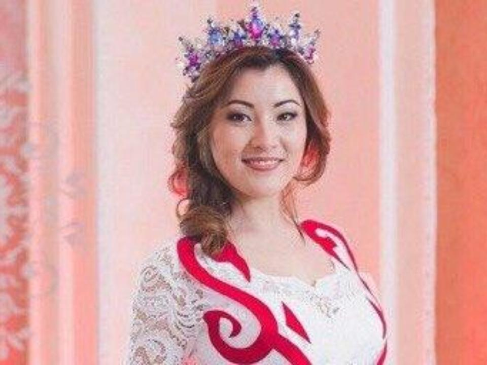 Самой красивой казашкой Омска стала 20-летняя Алтына Хусаинова
