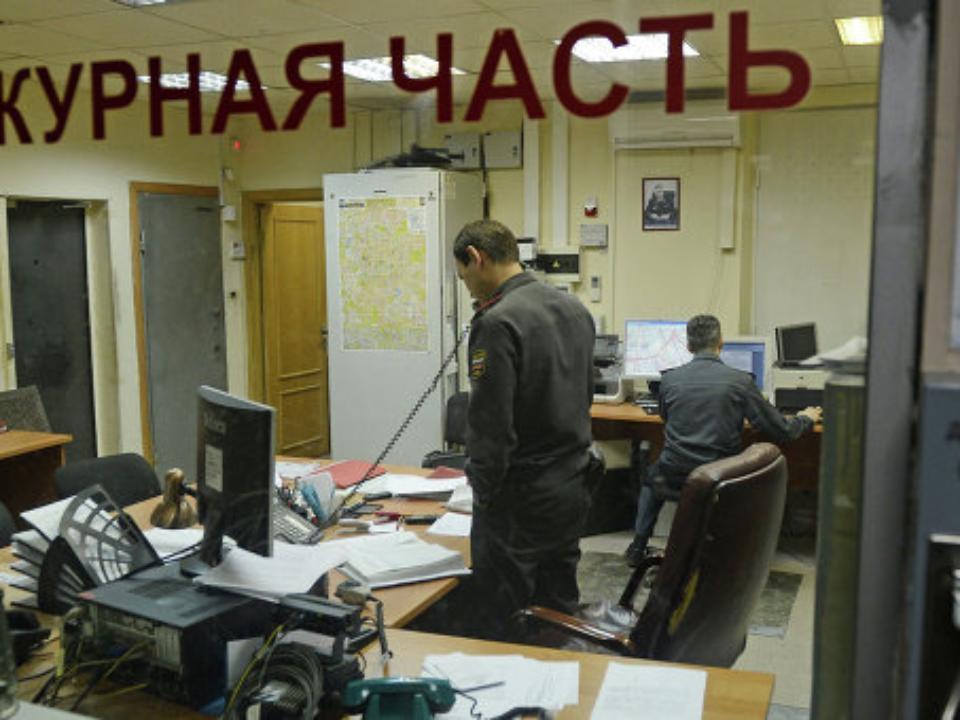 Наулице Улан-Баторская ограбили ювелирный магазин
