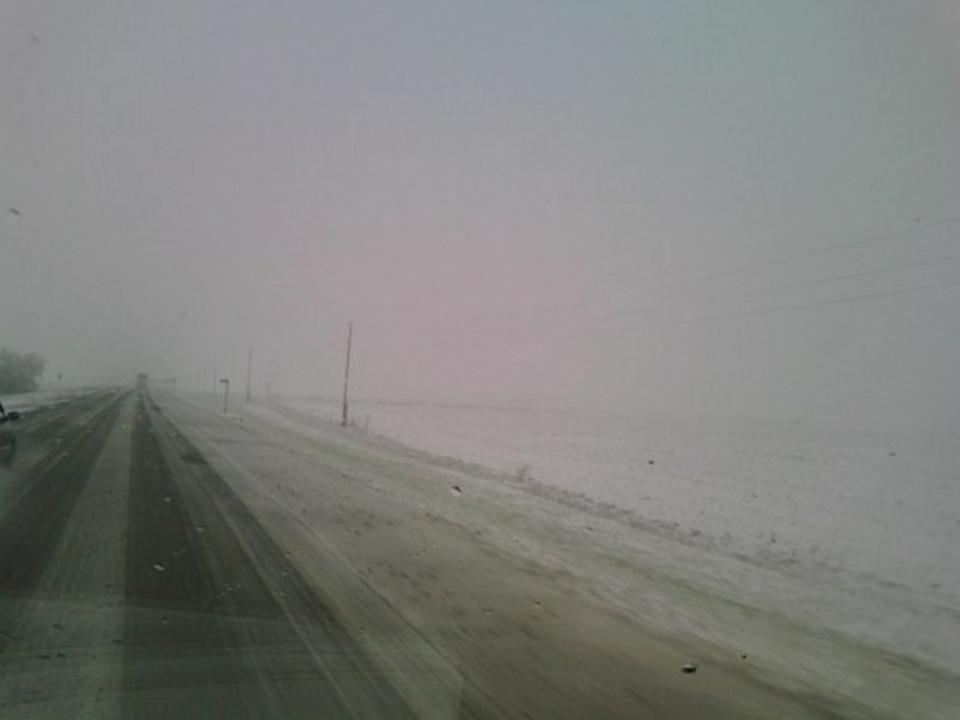 Из-за метели в Алтайском крае закрыли дороги в шести районах