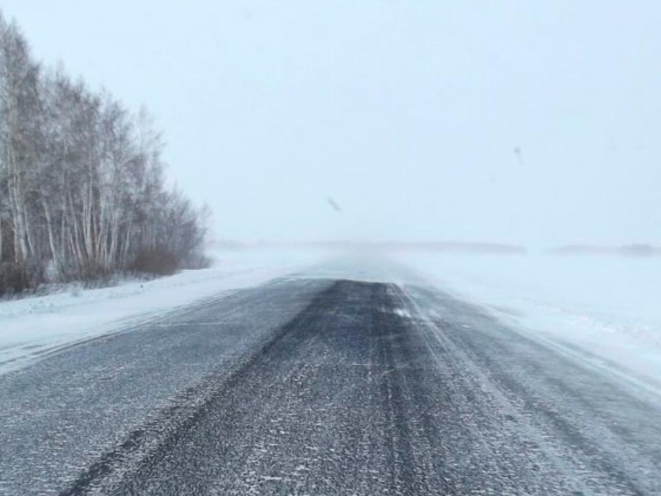 Вокрестностях Норильска из-за метели закрыты все дороги