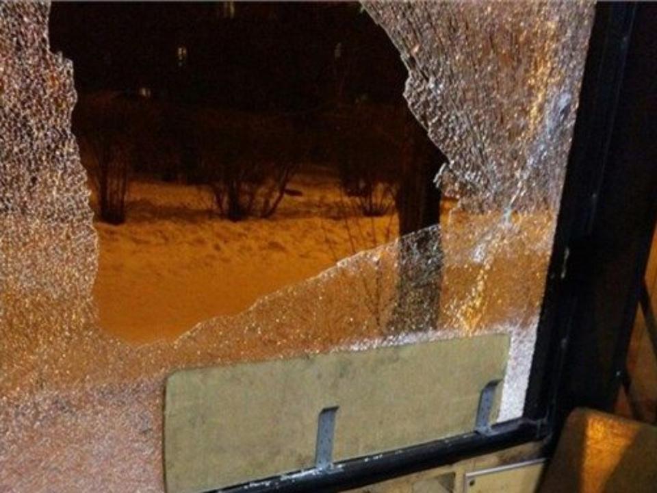 ВКрасноярске обстреляли пассажирский автобус