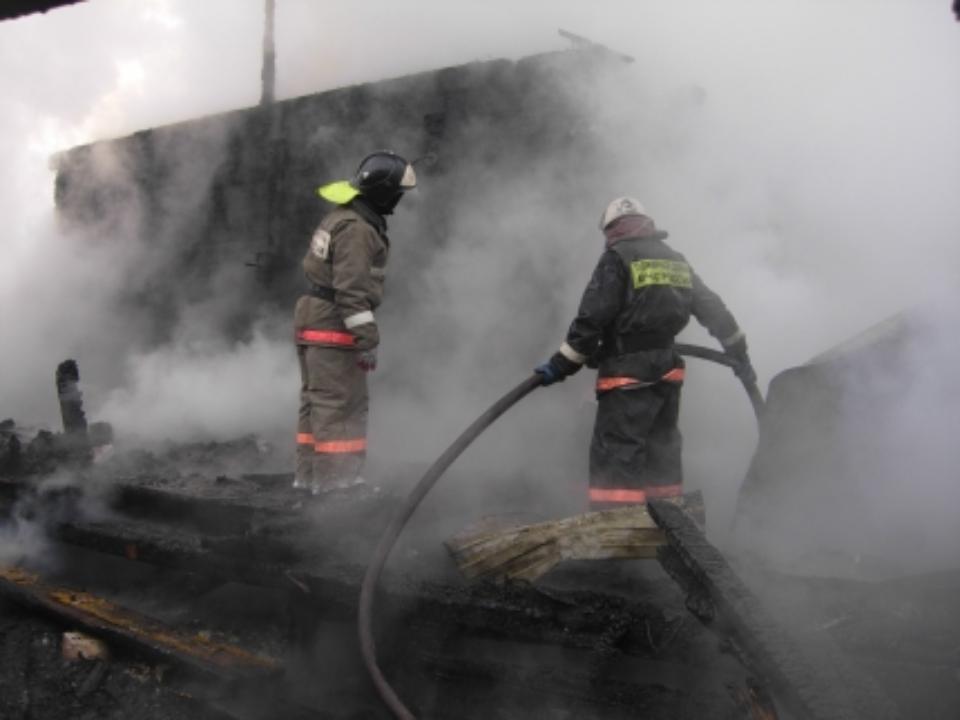 ВБурятии впожаре погибла семья из4 человек