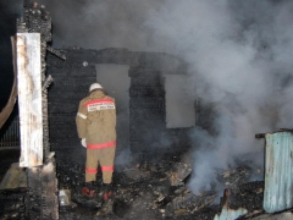 Растет общая площадь возгорания многоэтажки вНаро-Фоминске