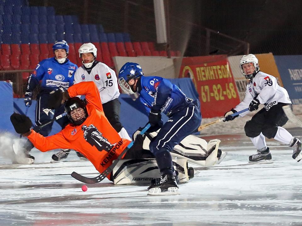«Байкал-Энергия» обыграла «Кузбасс» впервом матче четвертьфинала чемпионата Российской Федерации