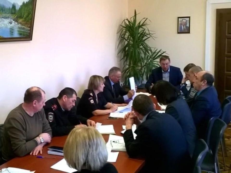 Режим ЧС введён в районе гибели 40 свиней в Иркутской области