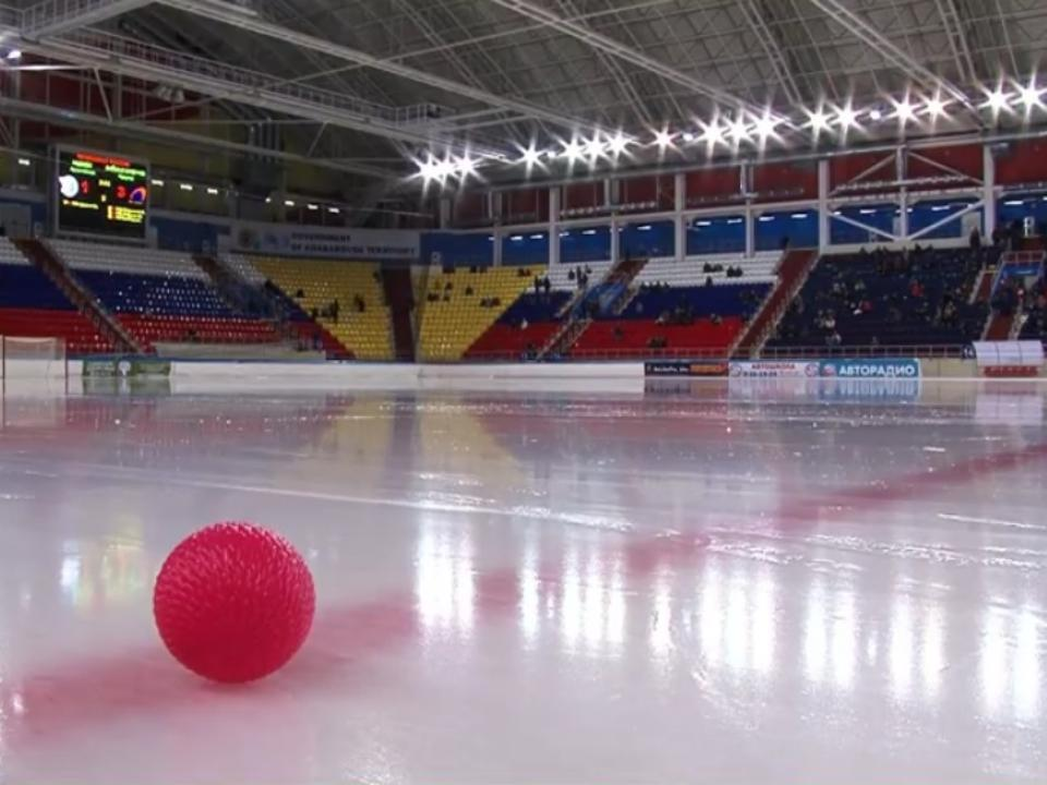 «Енисей» стал бронзовым призером чемпионата Российской Федерации похоккею смячом