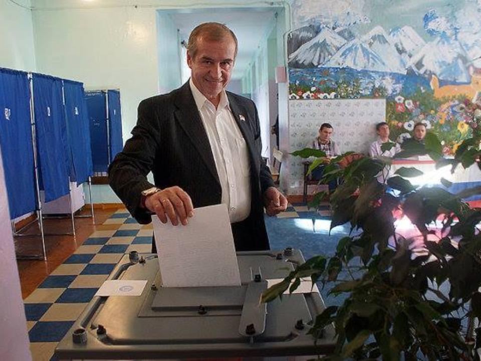 Коммунисты хотят  добиться возвращения прямых выборов главы города  Иркутска