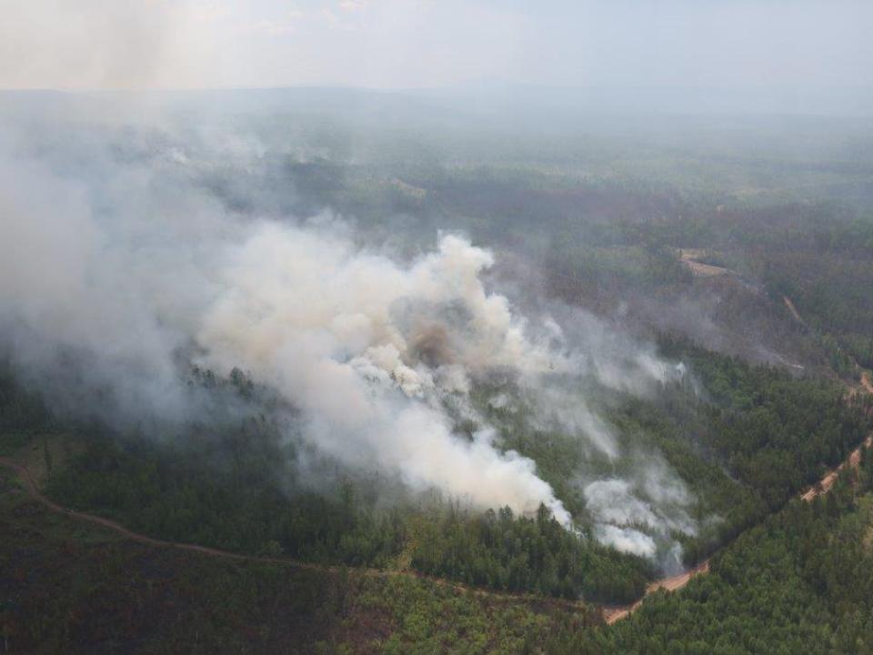 Площадь пожаров, перешедших изКрасноярского края, составляет вИркутской области 1800 га