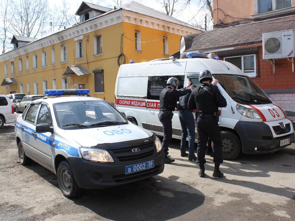 Отец нездорового ребенка напал на медика скорой вИркутске