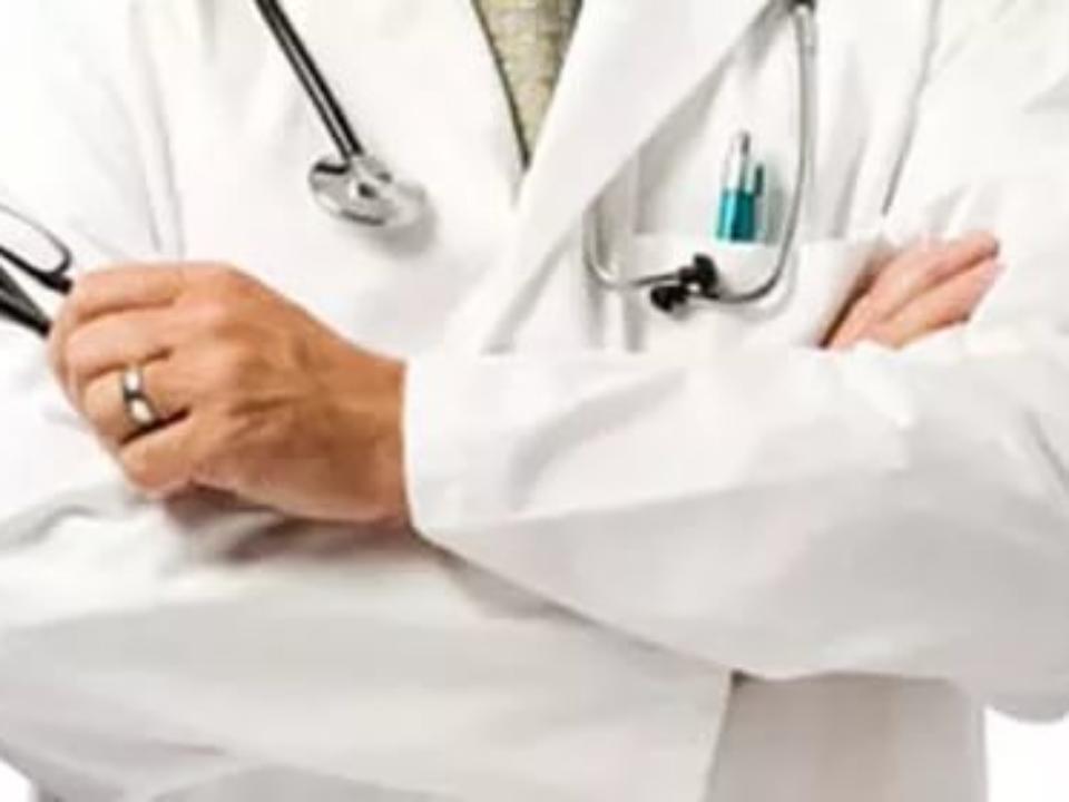 Суд признал преступным  иск прежнего  главврача Шелеховской клиники  Тимура Турлакова к Министерству здравоохранения