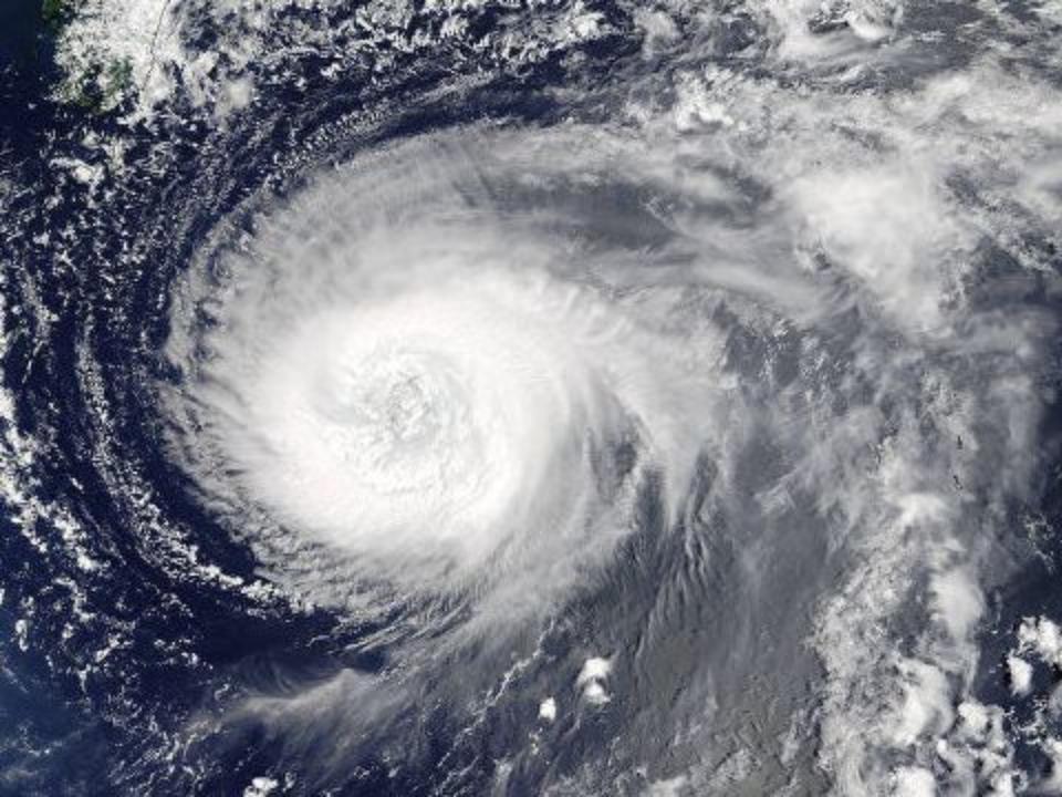 Стало известно опервых жертвах тайфуна Нору вЯпонии