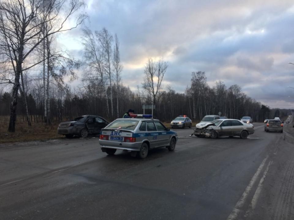 Тоёта вылетела на«встречку» под Томском, умер пассажир