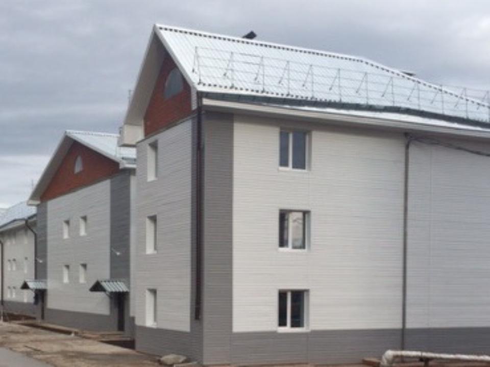 Сирот получили ключи отновых квартир вУсть-Куте
