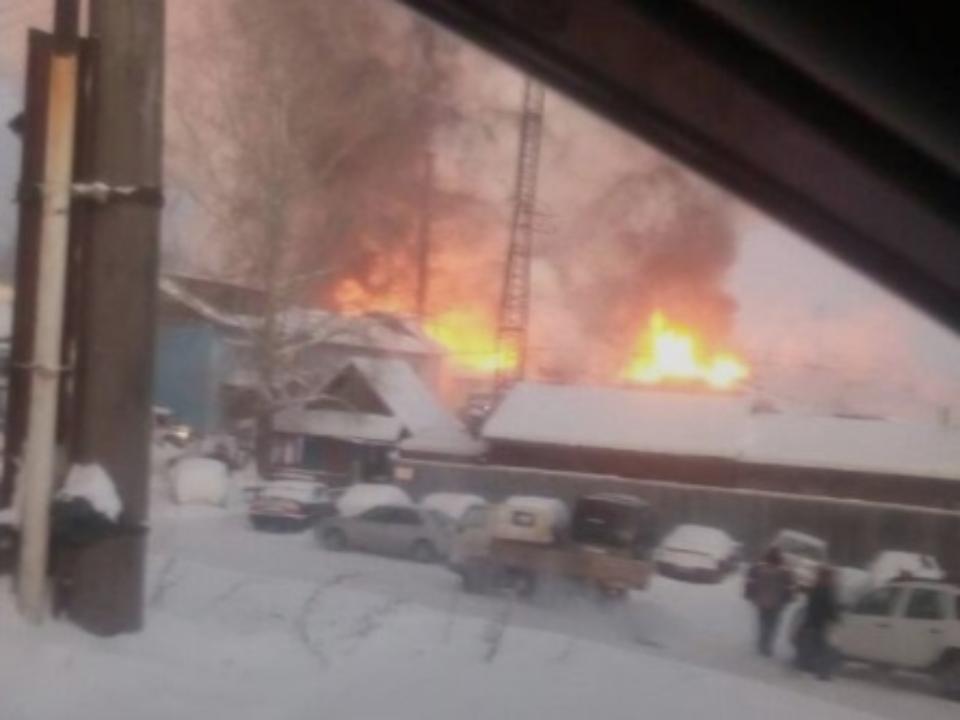 Пожар произошёл налесоперерабатывающем предприятии вУсть-Куте