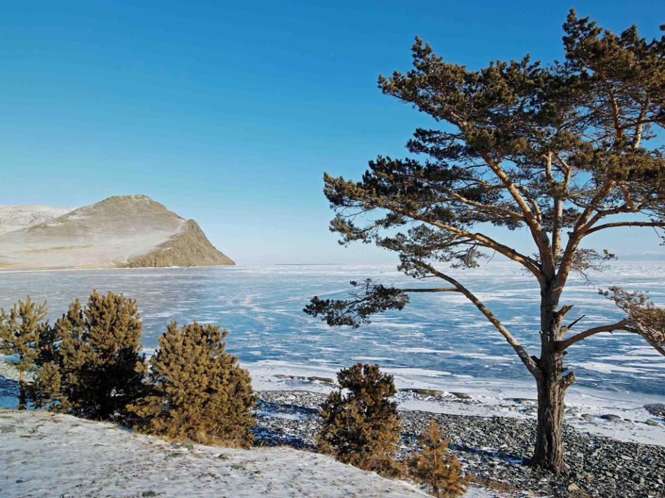Проект новых границ охранной зоны Байкала направят в руководство