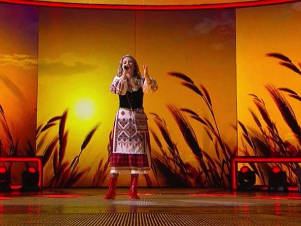 Исполнительница изМинусинска прошла вчетвертьфинал шоу наНТВ «Тысупер»