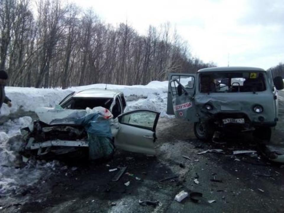 Восемь человек пострадали вдорожной аварии наКамчатке