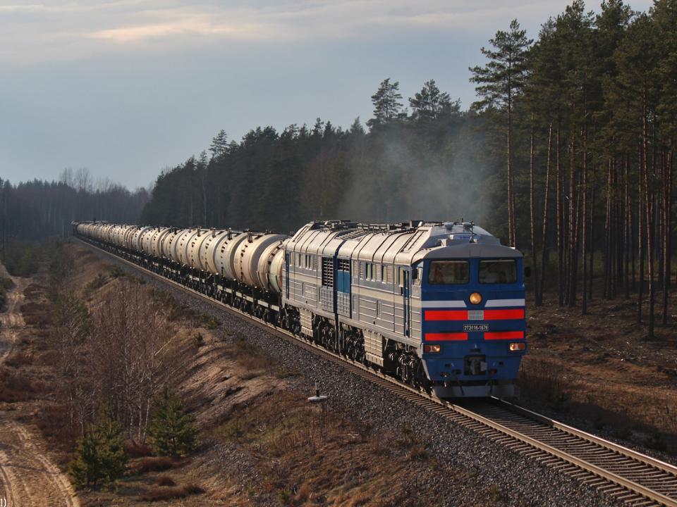 Поезд саратов анапа фото одним популярных