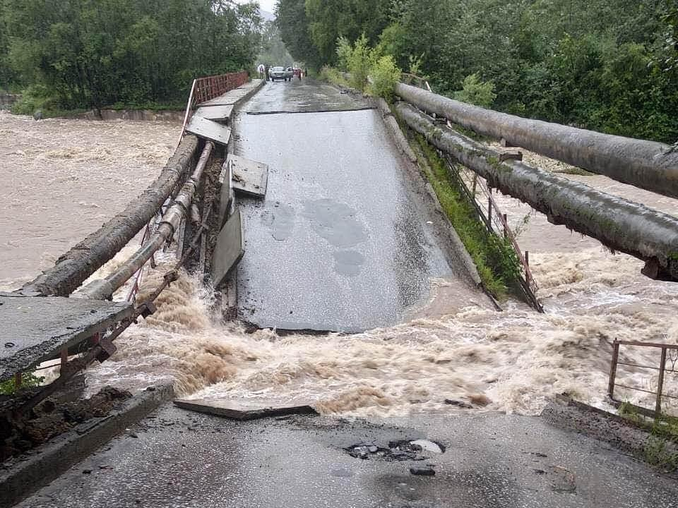 В 2019 году из-за паводка обрушился технологический мост БЦБК через реку Солзан
