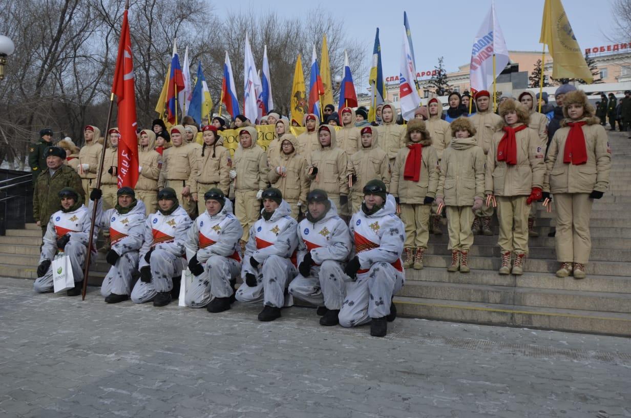 В Улан-Удэ торжественно встретили участников пешего похода Хабаровск - Москва